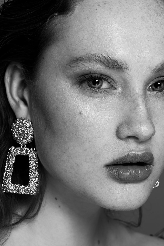 Portret fotografie Zeewolde, Utrecht, Amsterdam en omstreken – portret, beauty, fashion, lookbook en product fotografie en videografie door Stephanie Verhart
